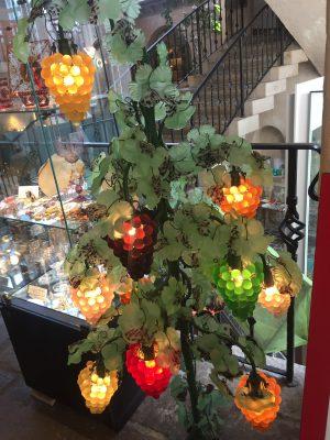箱根ガラスの森美術館へ行ってきました。綺麗なガラスの美術館の数々です。
