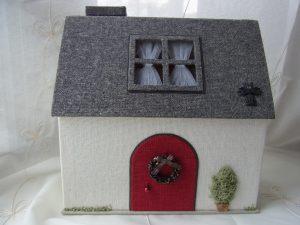 カルトナージュ(House型の箱)
