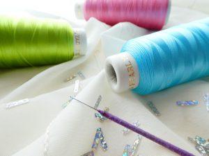 日本製のレーヨン糸です。やっぱり品質が良いです。