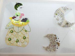 細かい糸刺繍が綺麗に刺せています。