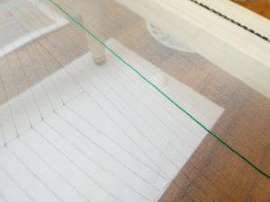 アリワークで直線を刺してます。