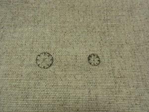 円の製図があります。向かって右側の円の大きさは6です。左側の円の大きさは8です。どちらも8等分にしました