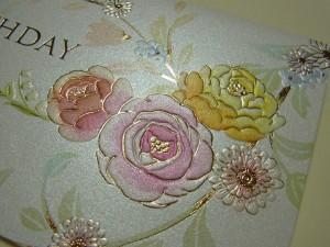 薔薇の絵柄のbirthdayカードを購入しました。