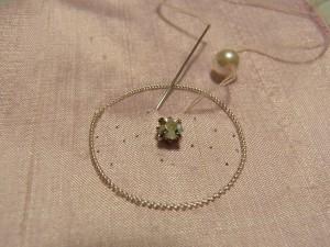 パールの大きさで針を落とします。