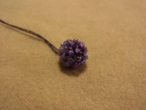 葡萄の下部が、お花のように整います。