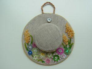 帽子型のポプリです。
