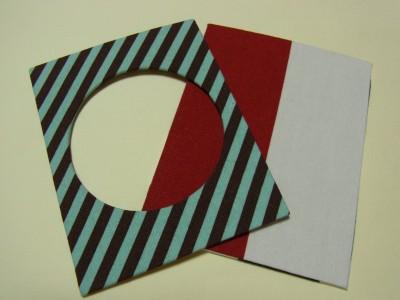 カットしたボードが2種類あります。長方形が1枚(紅白の縦模様)と中央が丸くカットしてある物1枚(斜め模様)があり、どちらも生地が貼ってあります。